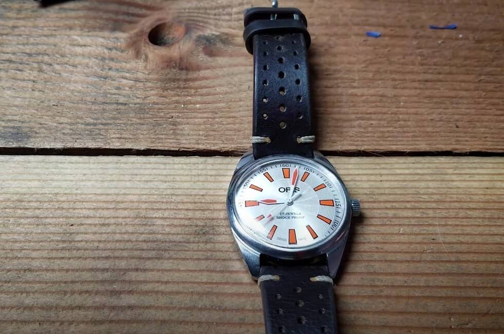 Are 17-jewel watches worth anything? Example: Oris