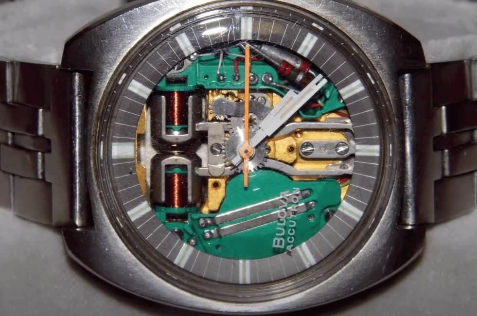 Do quartz watches have jewels?